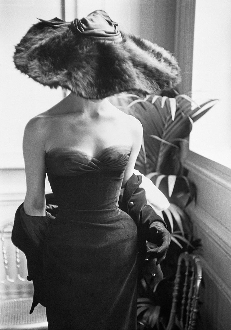 'Dior Gown with Fur Hat,' Paris, 1954, Mark Shaw © Mark Shaw : mptvimages.com