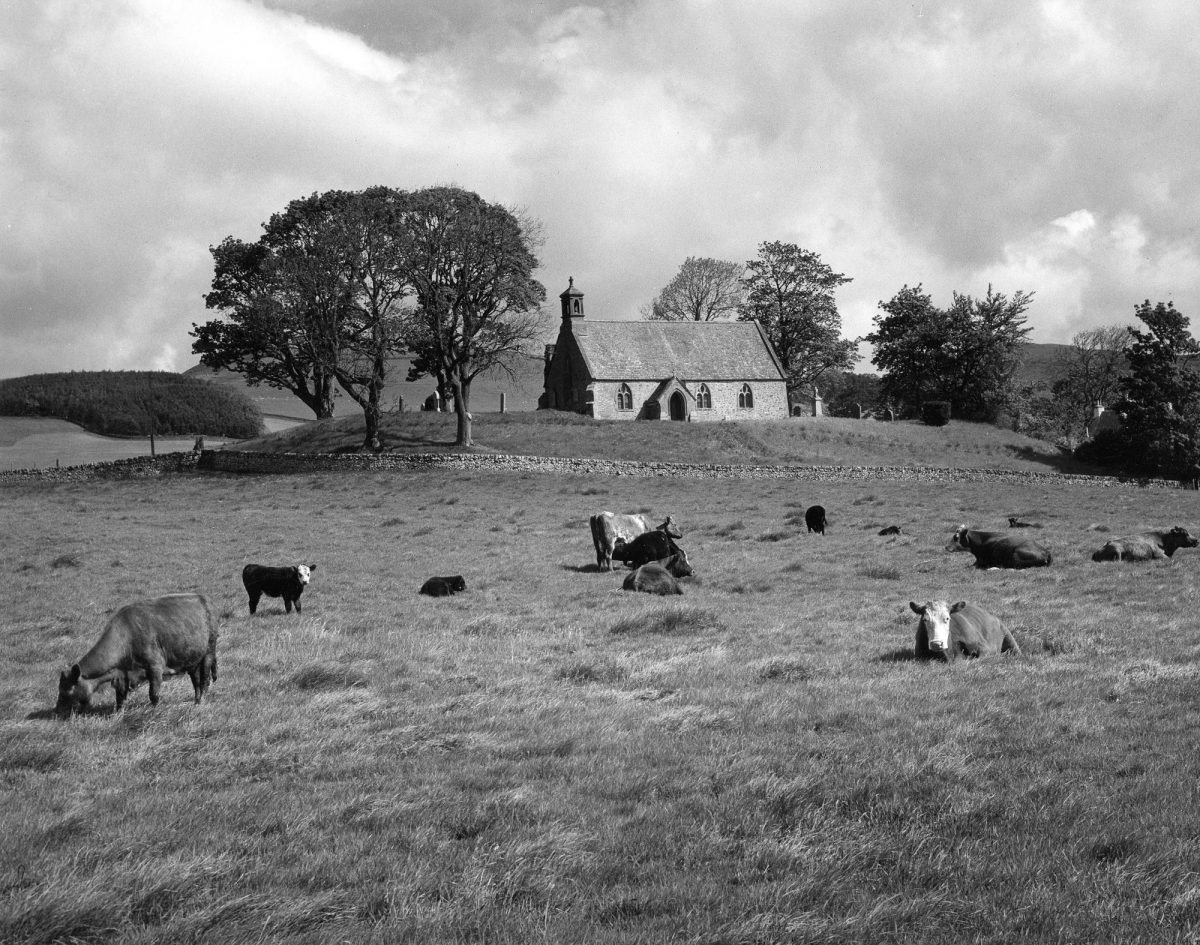 Lyne_Church__Peebles__Scotland_1967_(c)_Edwin_Smith__RIBA_Library_Photographs_Collection