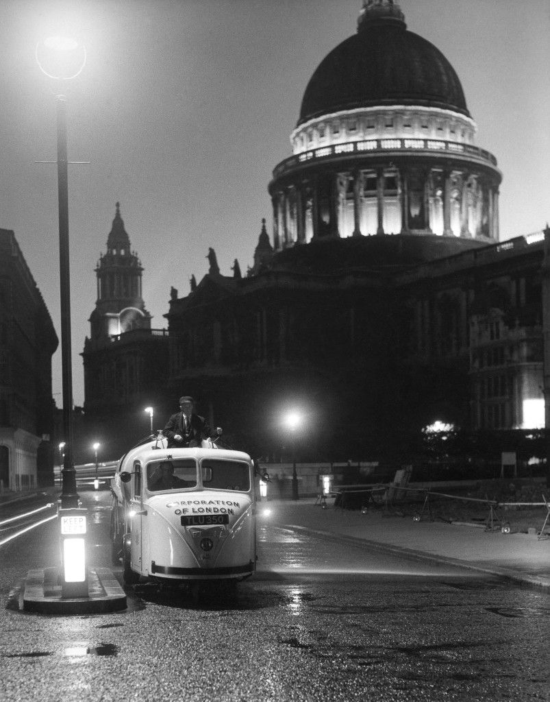 Night street cleaning near St Paul's Cathedral, City of London (1957) by Edwin Smith