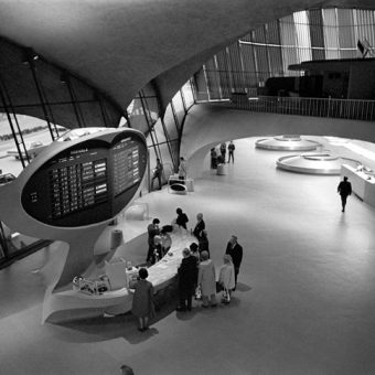 The TWA Lounge at JFK – Nick DeWolf's Photographs of a 1960s Design Great