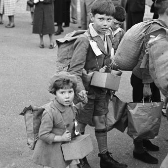 A Child's Life in Wales 1939-1962