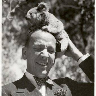 Noël Coward Visits an Adelaide Koala Farm in 1940