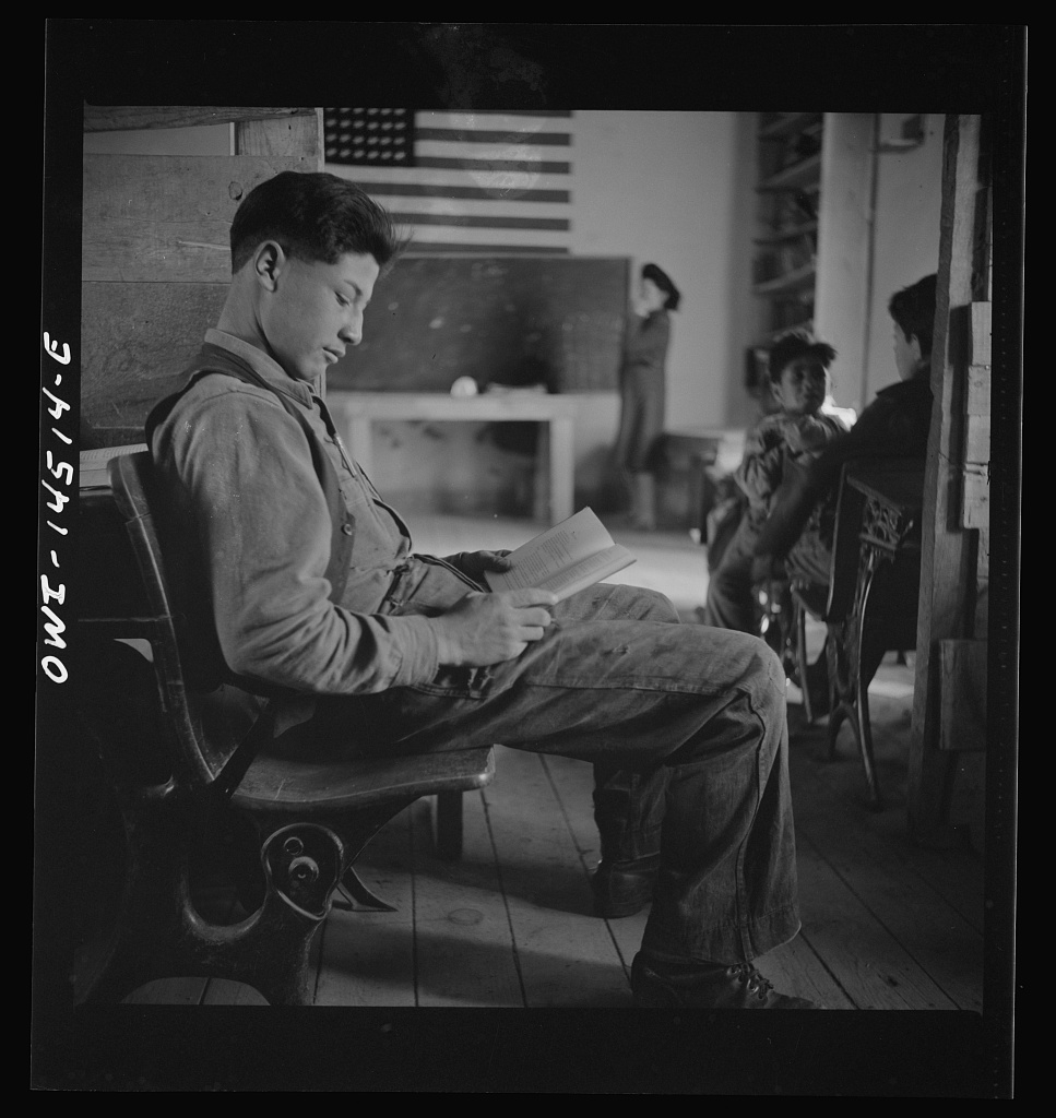 Ojo Sarco, Office of War Information John Collier New Mexico 1943