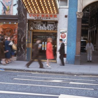 Fabulous Photos of Lunchtime Dancing at the Top Rank Dancehall on Charing Cross Road in 1963.