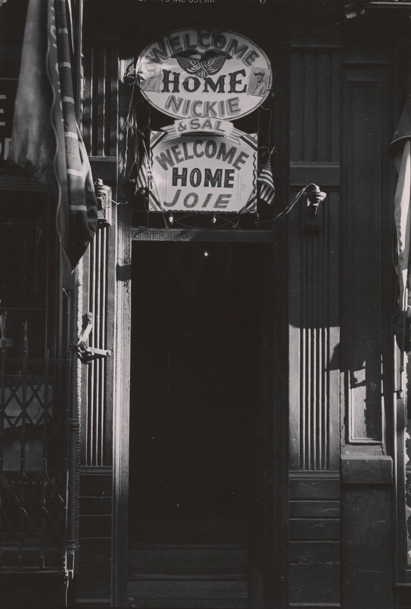 "New York City 1940s 1950s ""Welcome home"" signs on Third Avenue. 1945."
