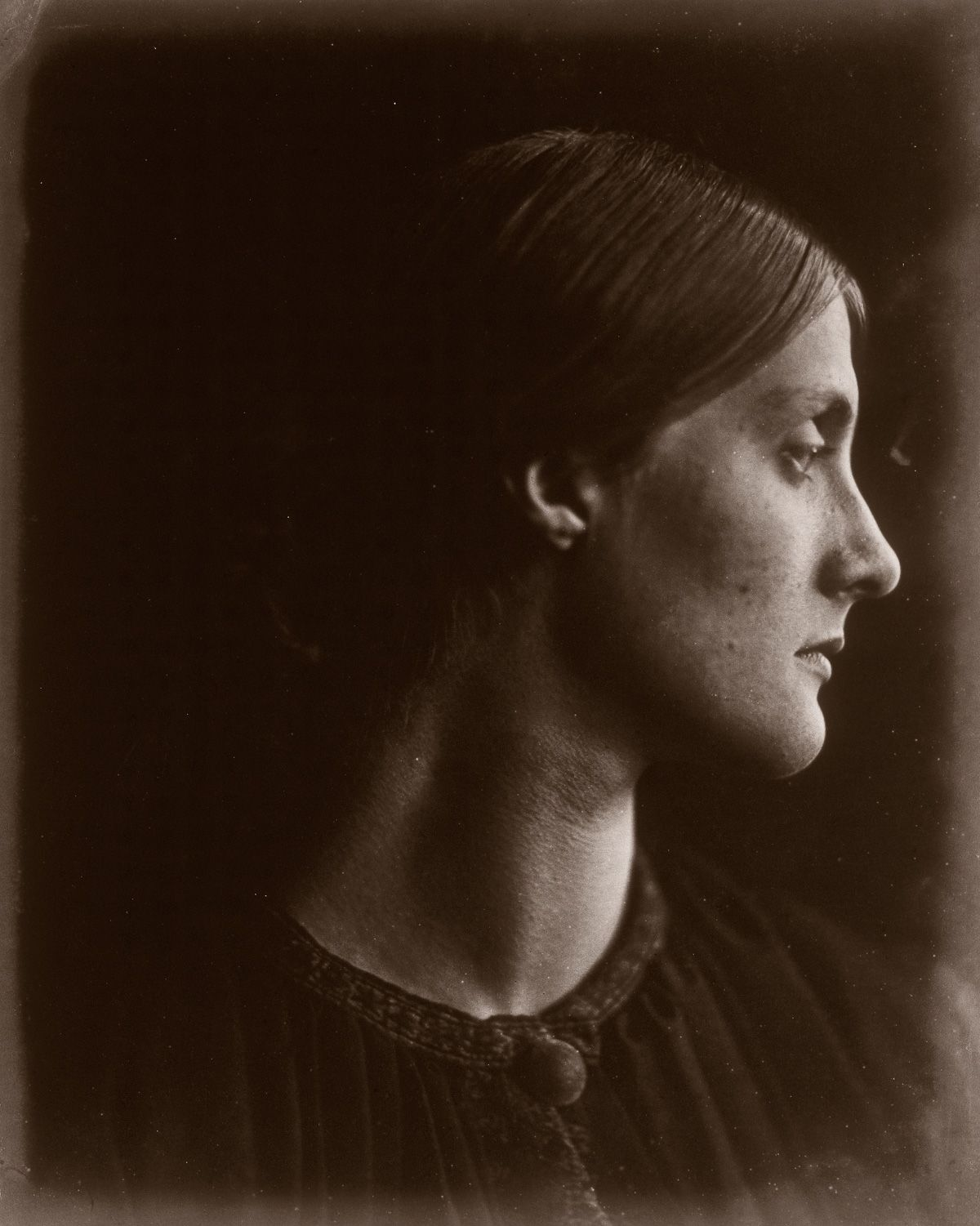 1867 Julia Jackson, mother of Virginia Woolf.Julia Margaret Cameron portraits