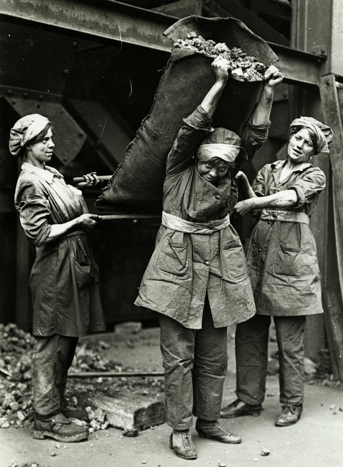 1918 Women World War workers