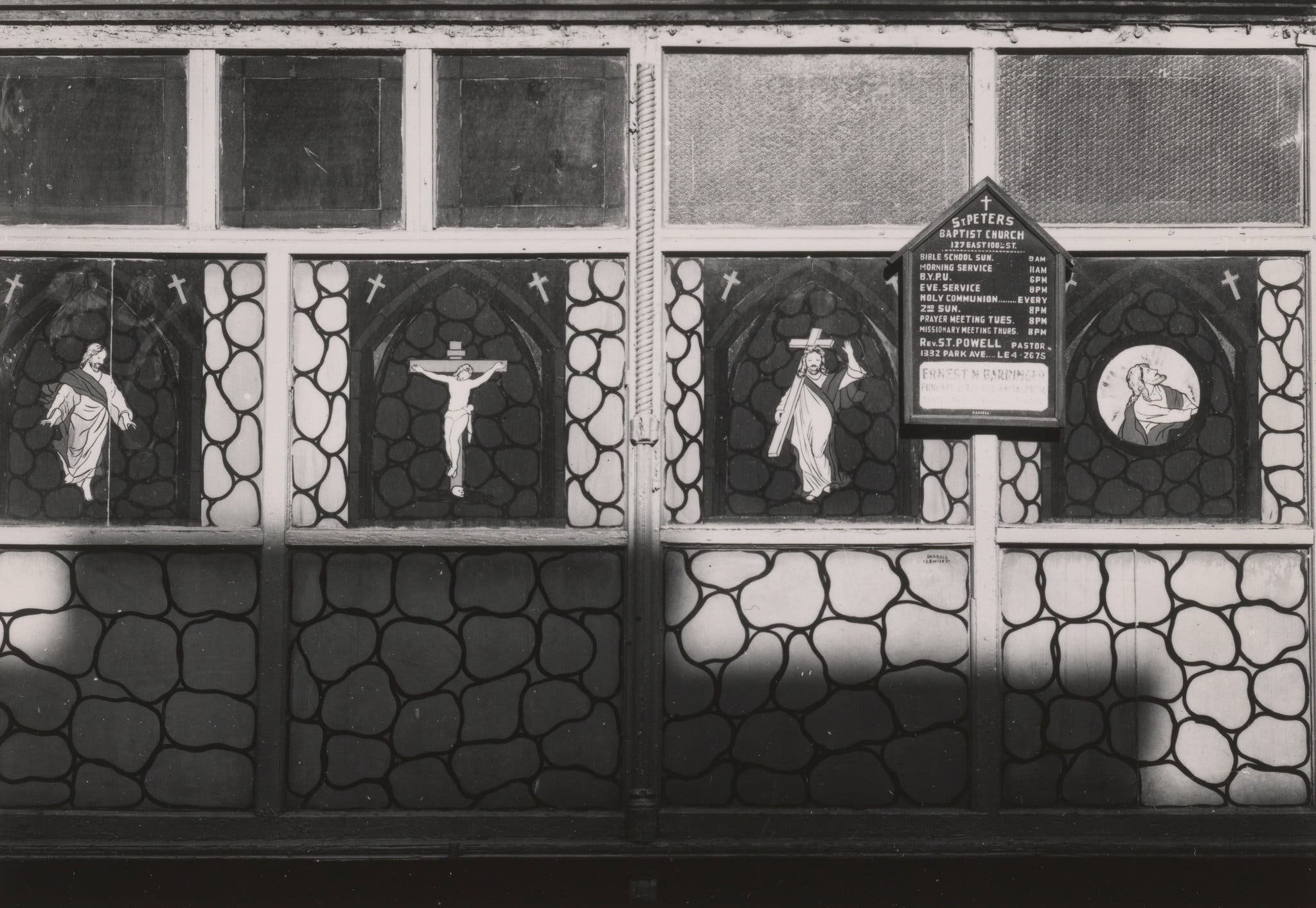 New York City 1940s 1950s A Park Avenue storefront church in Harlem. 1946.