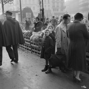 Les Halles de Paris – The City's Great Food Market in Photographs (c.1950)