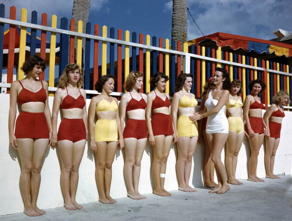 Title: Sarasota Sun-Debs posture training class at Lido Beach, Florida Date: 1953