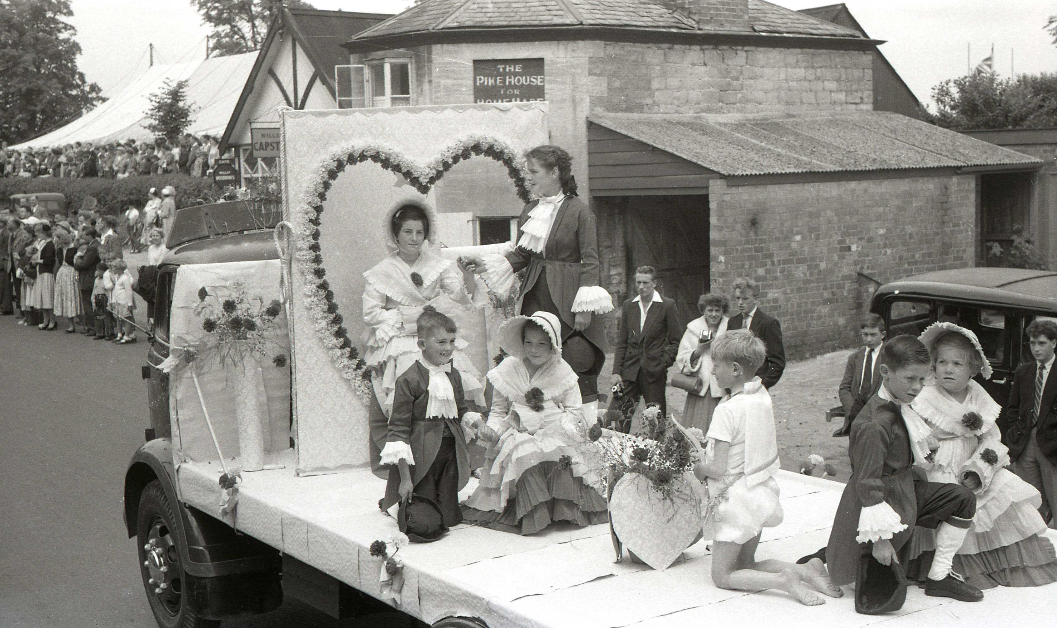 Dursley Carnival Pictures