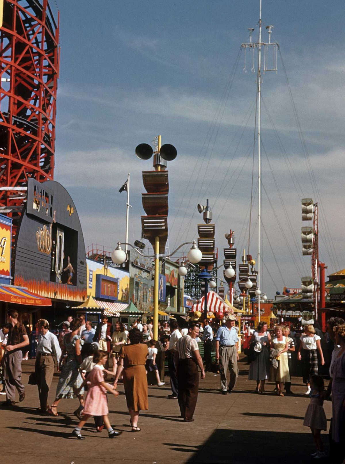 NEW YORK - CIRCA 1948: A view of Coney Island circa 1948 in Brooklyn, New York City, New York. (Photo by Sherman Oaks Antique Mall/Getty Images)