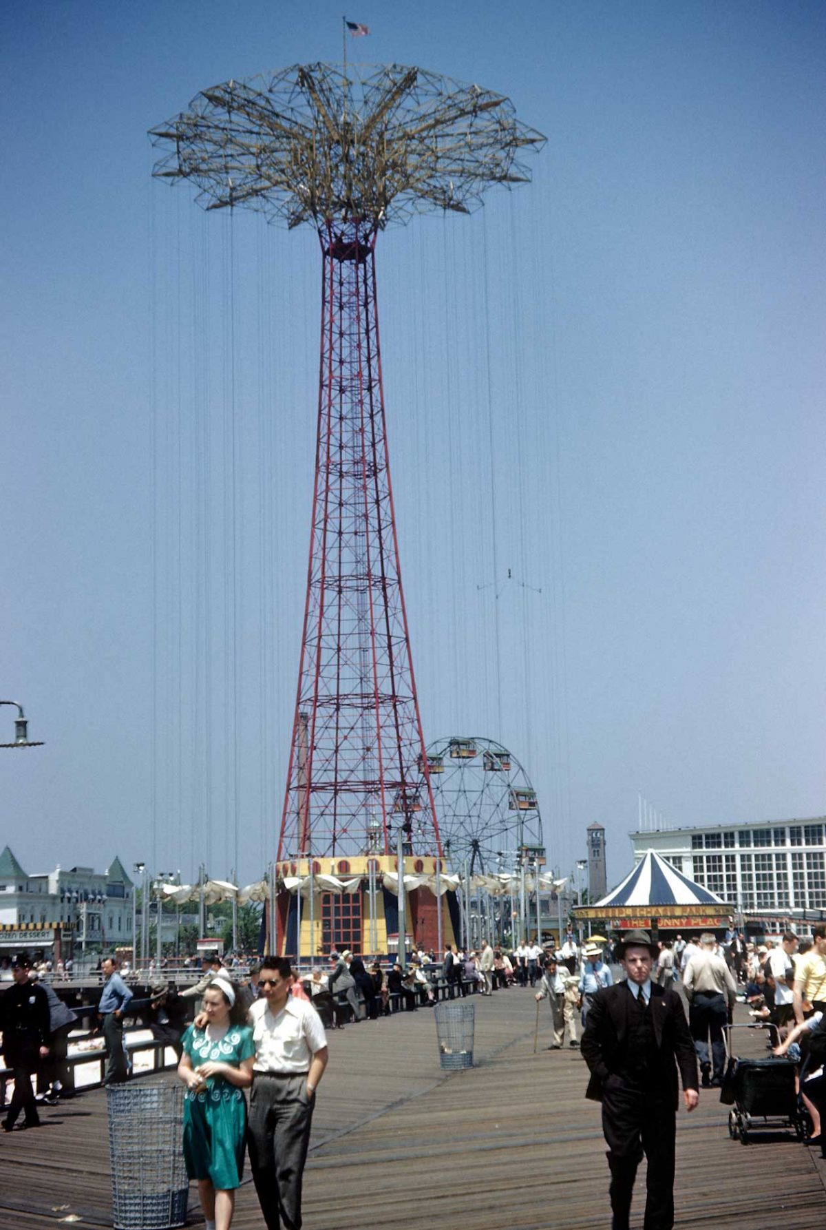 NEW YORK - CIRCA 1948: A view of the Coney Island boardwalk and the famous Parachute Jump in Steeplechase Park (it was built as part of the 1939 New York World's Fair and moved here in 1941) circa 1948 in Brooklyn, New York City, New York. (Photo by Sherman Oaks Antique Mall/Getty Images)