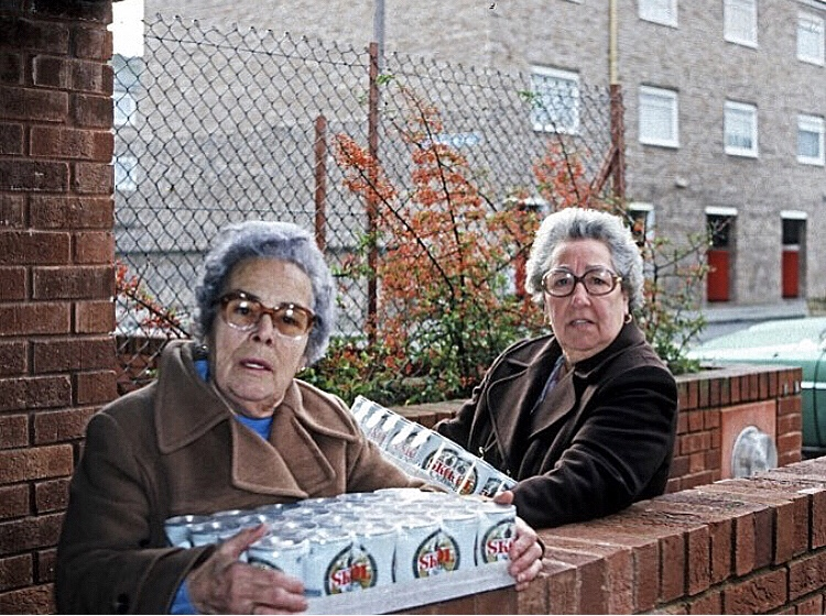 On the town... Hackney London pensioners 1985