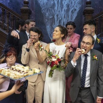 I Am Not A Wedding Photographer : Fabulous Portraits of the British Enjoying A Bit of A Do