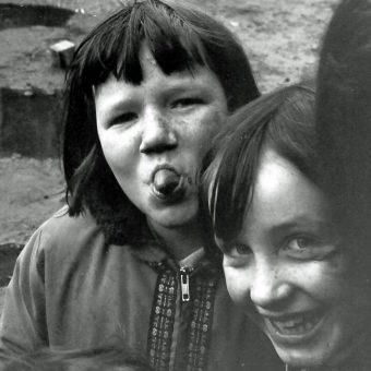 Tenement Kids And The City – Glasgow In 1975