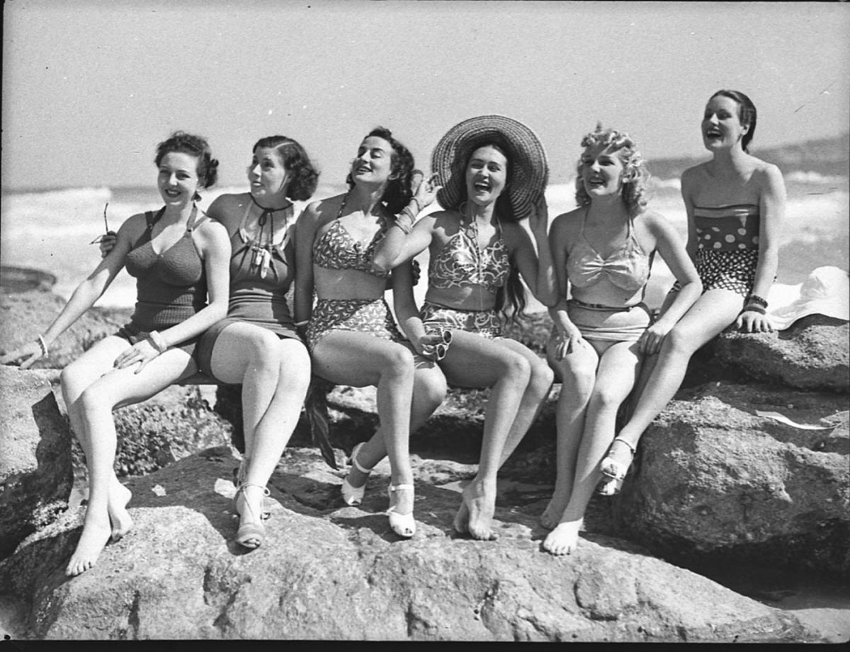 The Women Tamarama Beach 1939