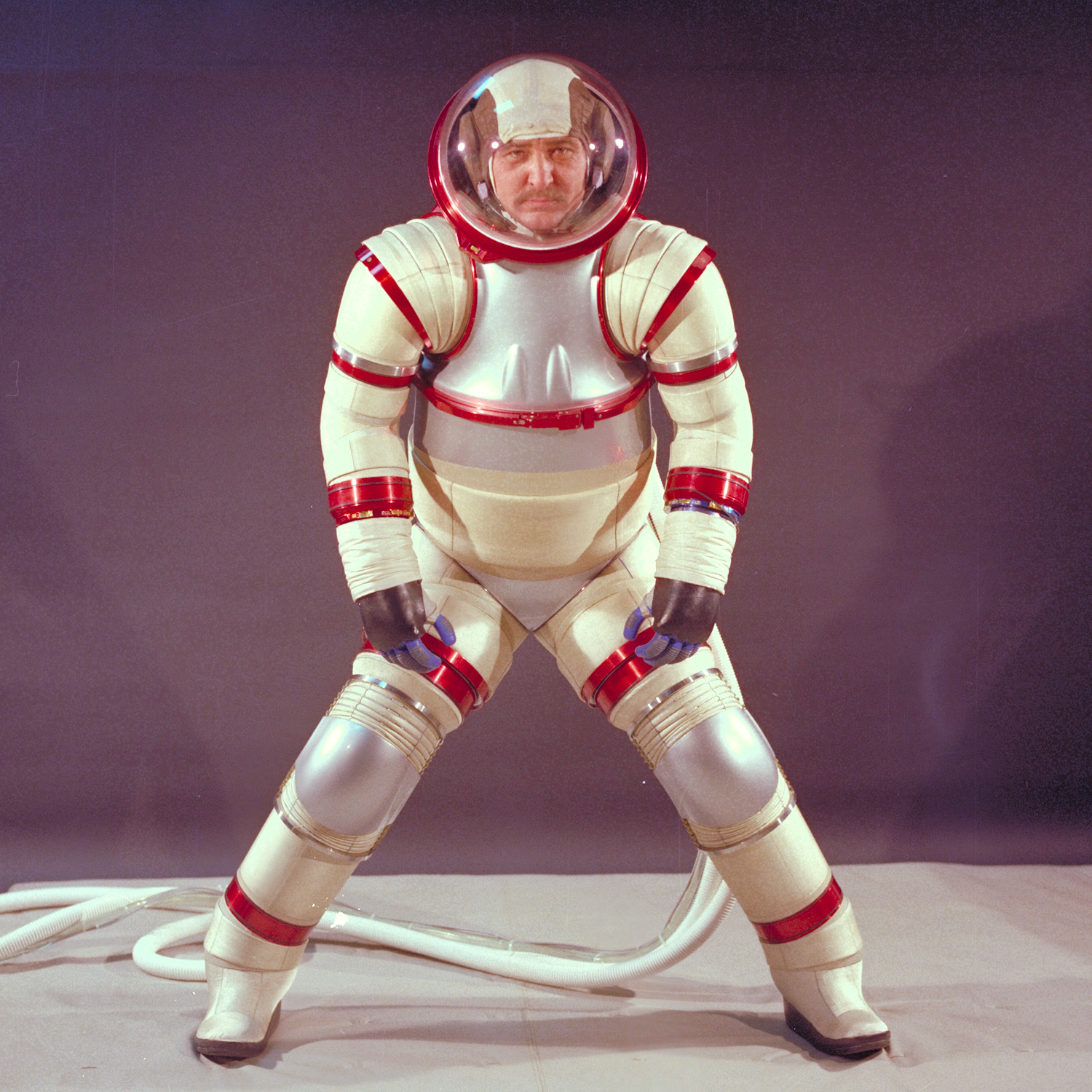 NASA's Number 1 Space Suits Model - Flashbak