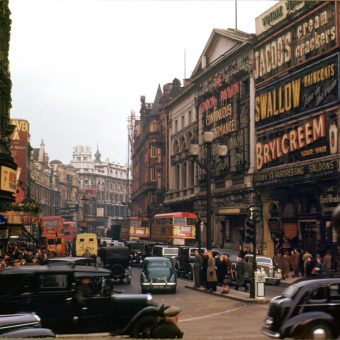 Wonderful Kodachrome Photos of London in 1949