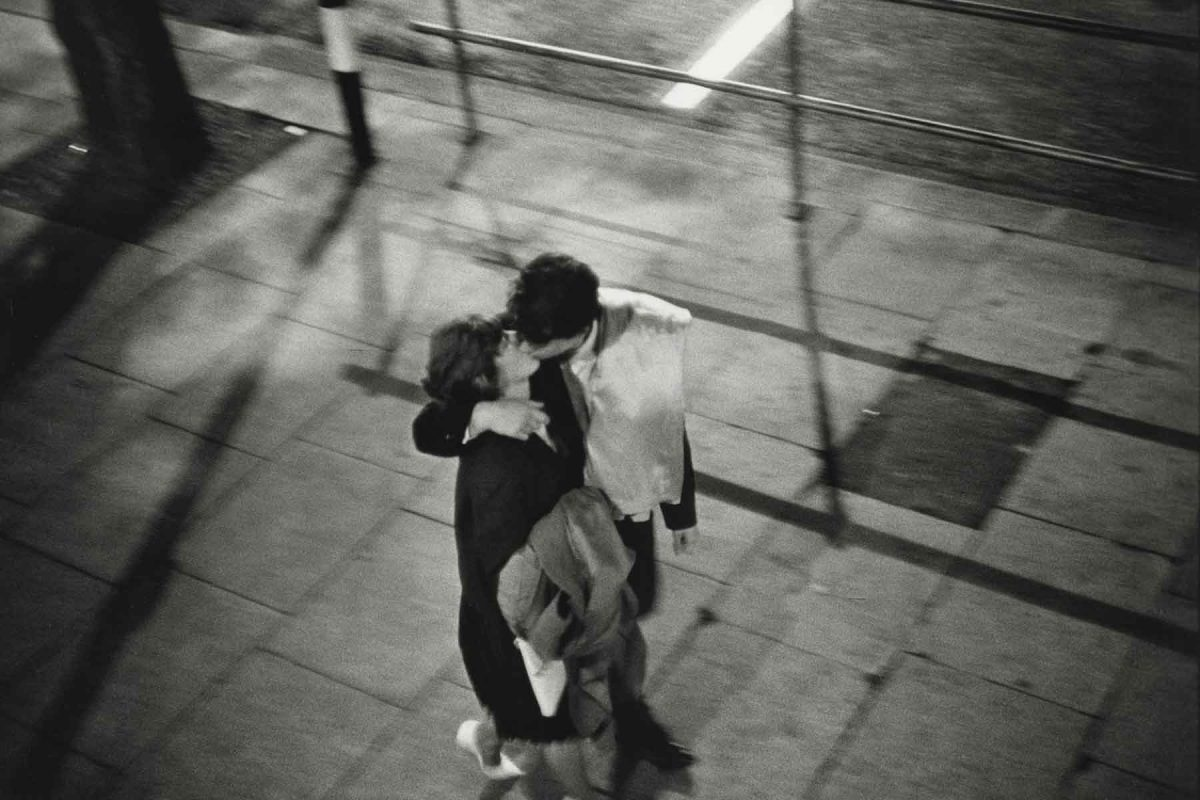 Couple Kissing on Street, London, England, 1960 Bruce Davidson