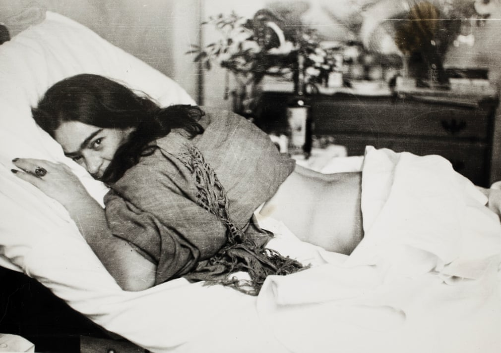 Frida lying on her stomach by Nickolas Muray, 1946