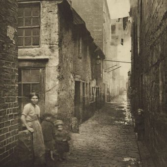 Thomas Annan's Powerful Photographs of 'The Old Closes and Streets of Glasgow' 1868