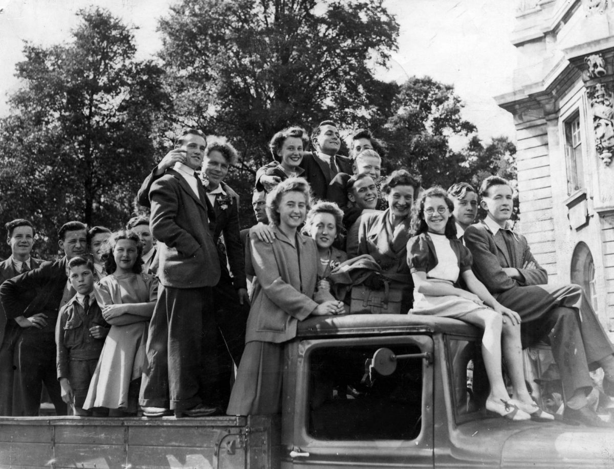 VE Day Cardiff 1945