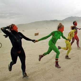 Burning Man Struggles for the Desert Against Ravers, New Agers, and Hippies in 1998