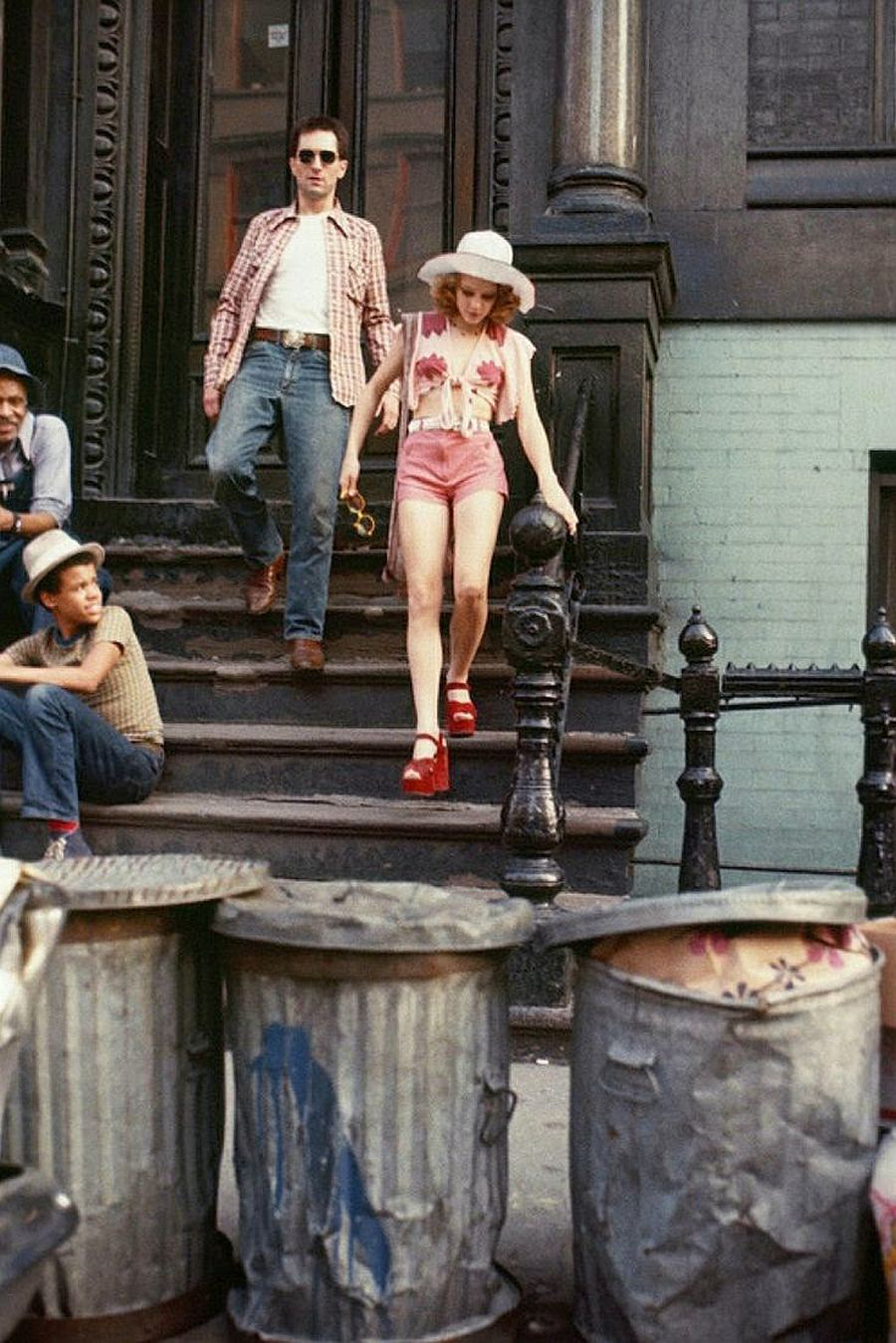 Robert De Niro and Jody Foster on the set of Taxi Driver