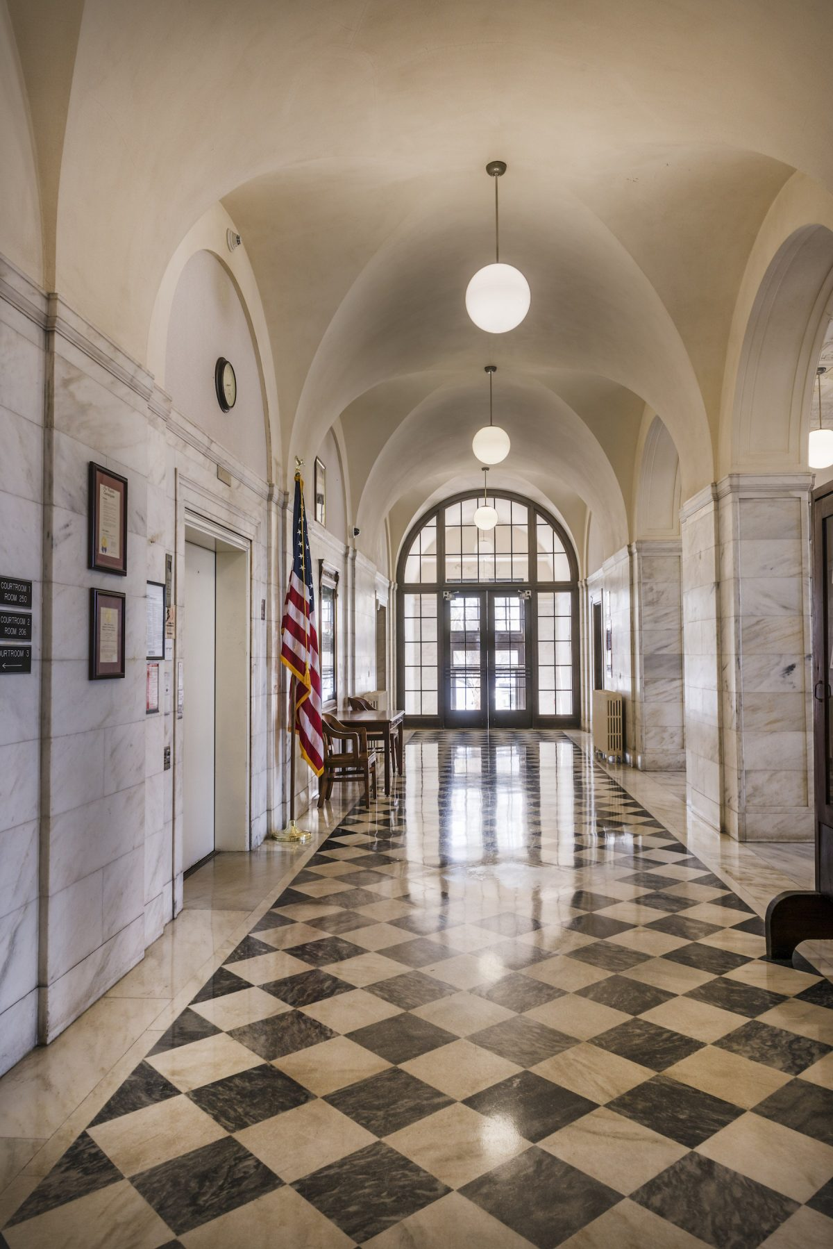 Carol M Highsmith, photography, America, courthouse, hallway