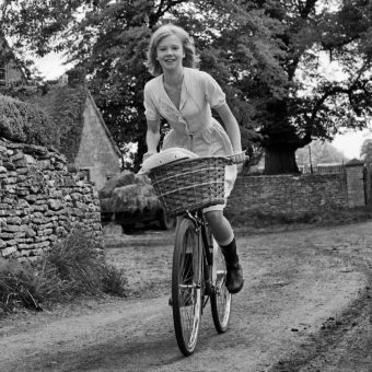 Filming Sky West And Crooked in England, 1964