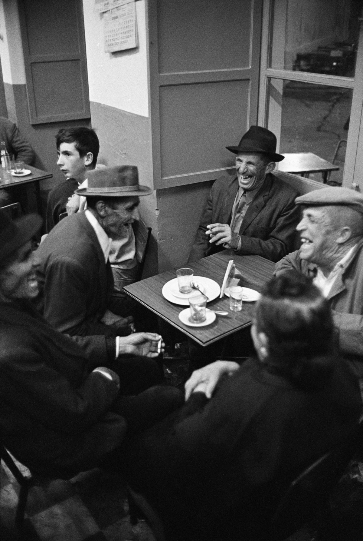 Jurgen Schadeberg, Men, Spain, Bar, photography