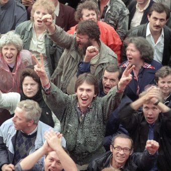 The Collapse of the Soviet Union in Pictures