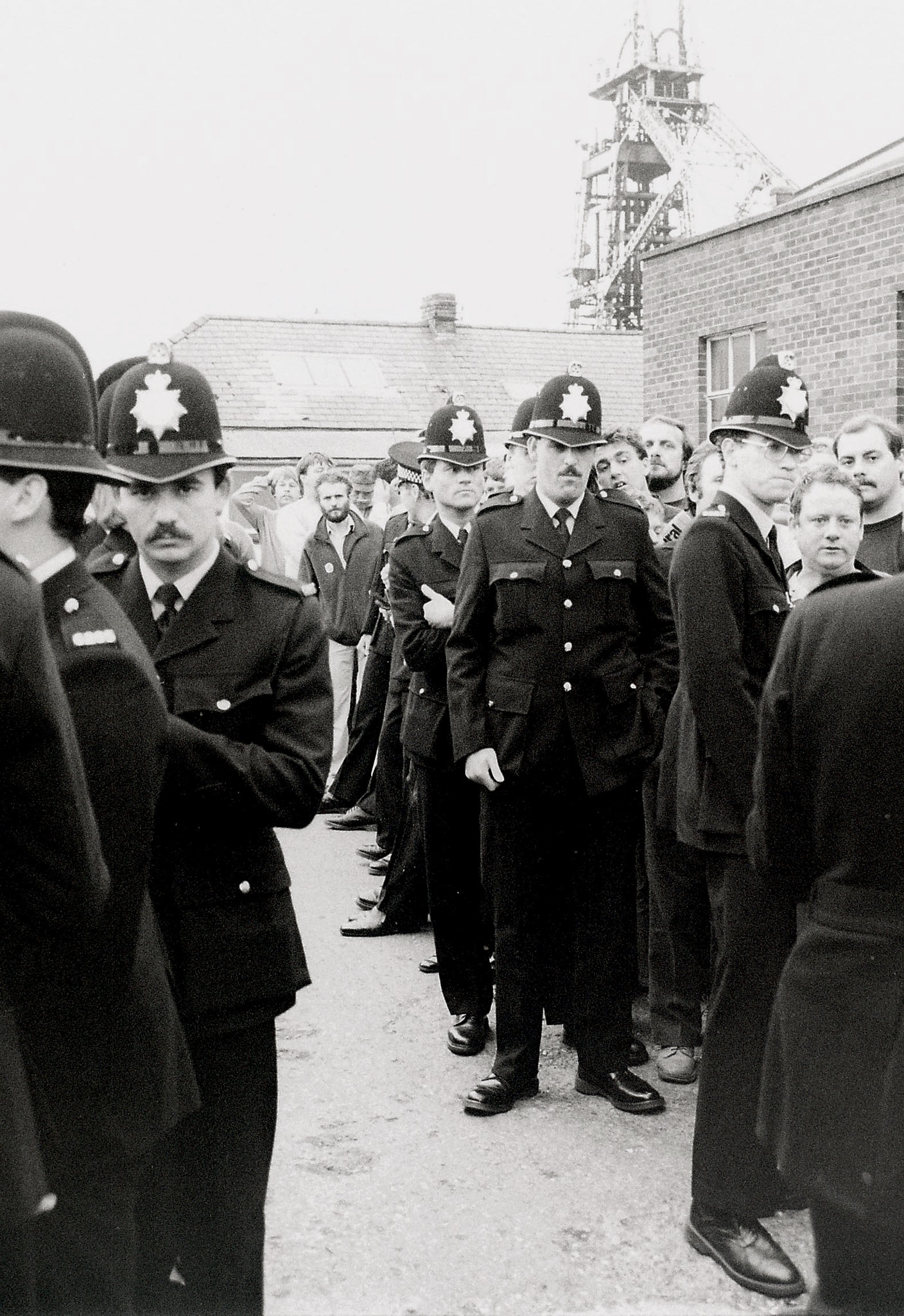 police at Liverpool councillors and police on Miners picket 1984
