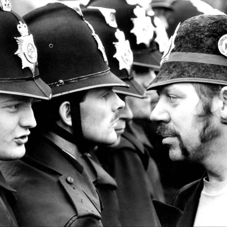 Civil War: Dramatic Scenes From the British Miners Strike of 1984-85