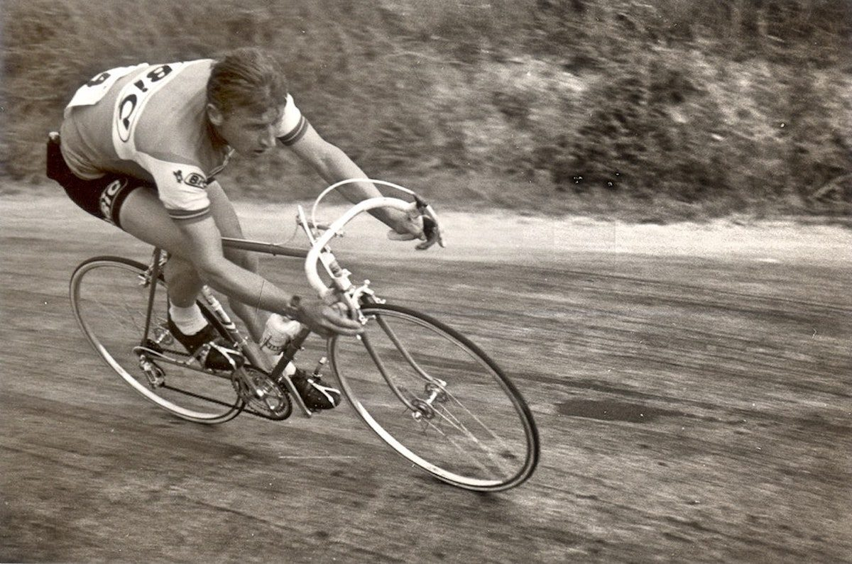 "Jacques Anquetil, the last rider to win the Tour de France using the ""clanger"" derailleur, in 1957"