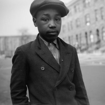 Edwin Rosskam's Poignant Photos of Black Americans on the South Side of Chicago, 1941