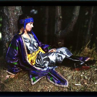 Gustave Gain's Color Autochromes Bring The Past To Life