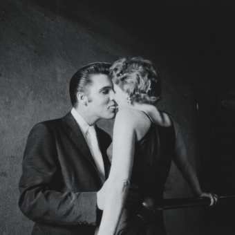 Alfred Wertheimer's Incredible Photos of Elvis On The Cusp Of Greatness – 1956