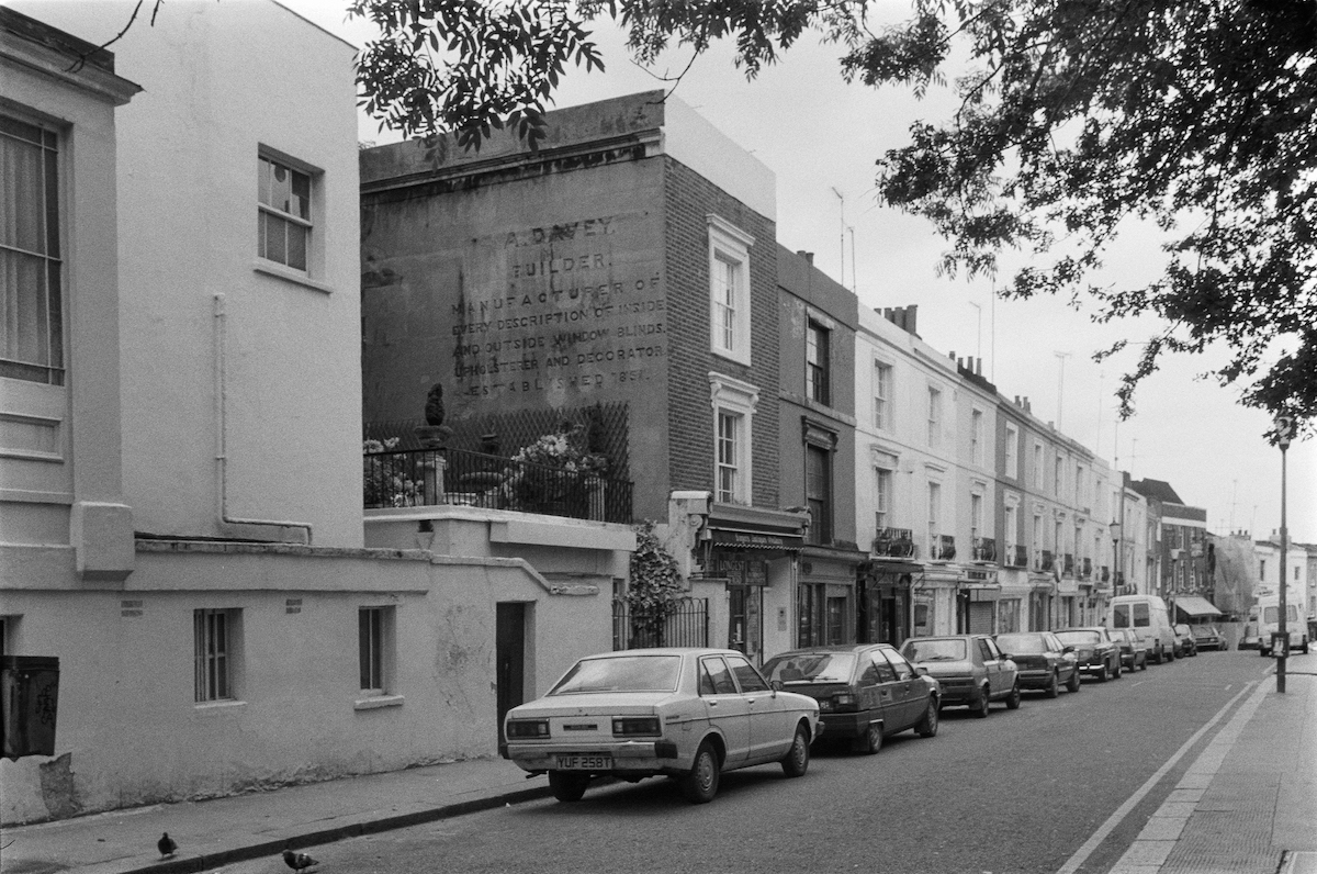 A Davey, Builder, ghost sign, Portobello Rd, Notting Hill, Kensington & Chelsea, 1987