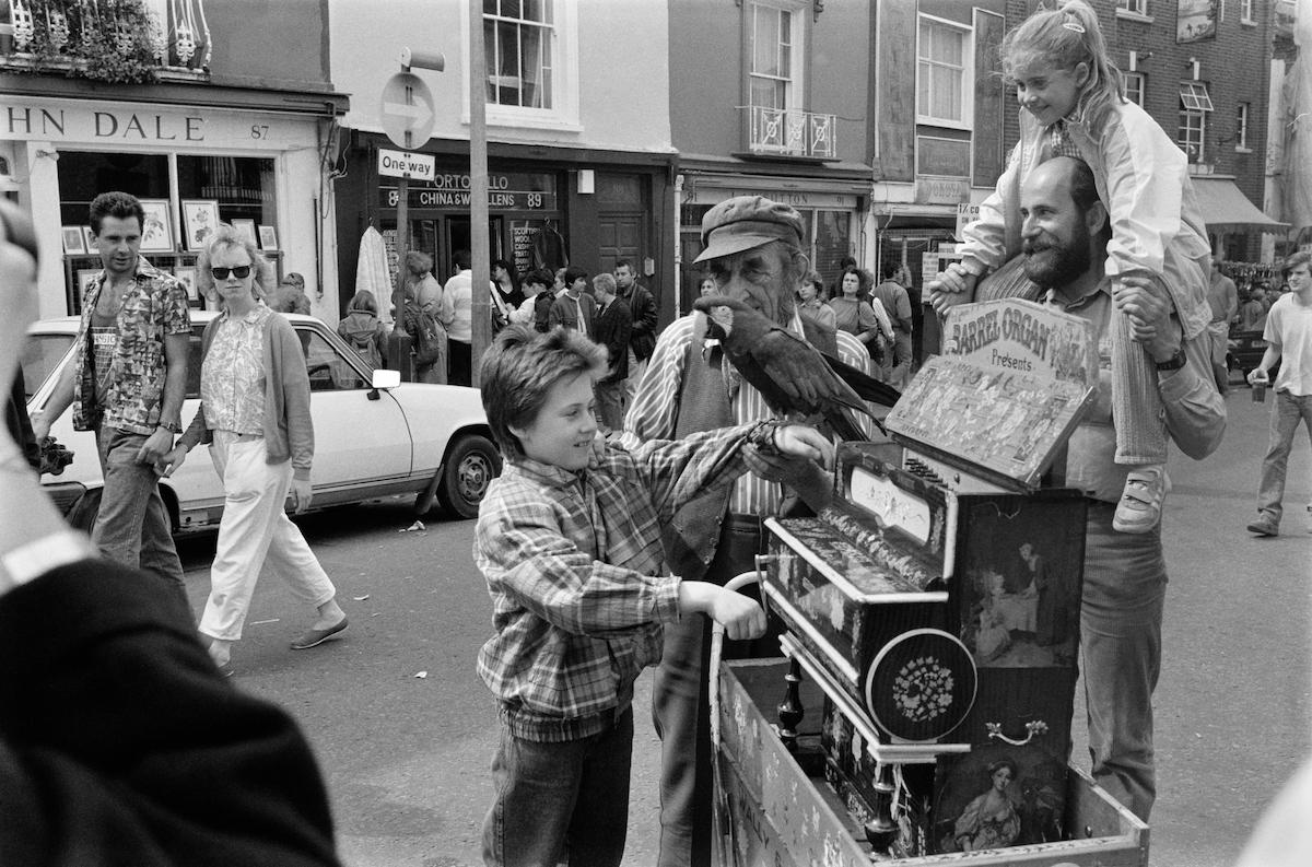 Barrel Organ, Portobello Rd, Notting Hill, Kensington & Chelsea, 1987