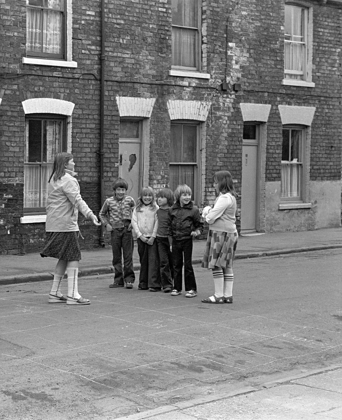 Children's Games, Street games, Walton St area, Hull, 1979