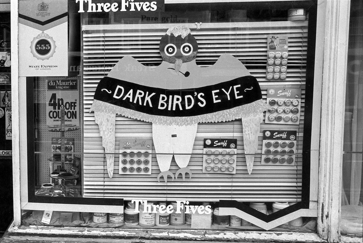 Dark Birds Eye, tobacconist's window, Anlaby Rd, Hull, 1981