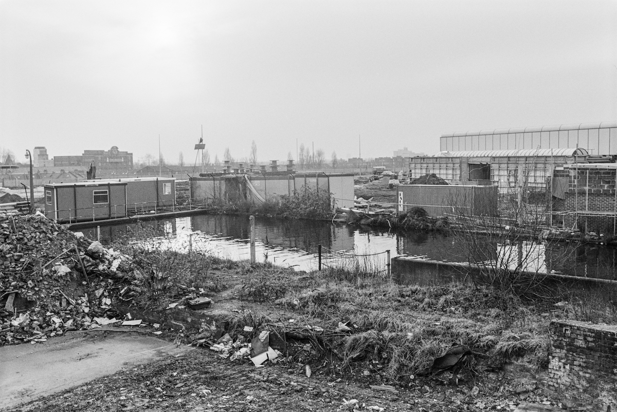 Kensal Green Basin, Grand Union Canal, Paddington Branch, North Kensington, Kensington & Chelsea, 1988