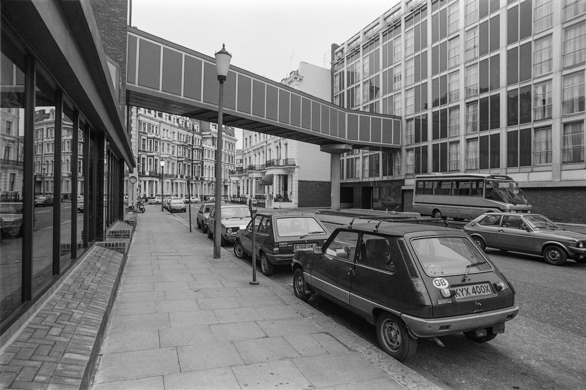 London Knaresborough Place, South Kensington, Kensington & Chelsea, 1987