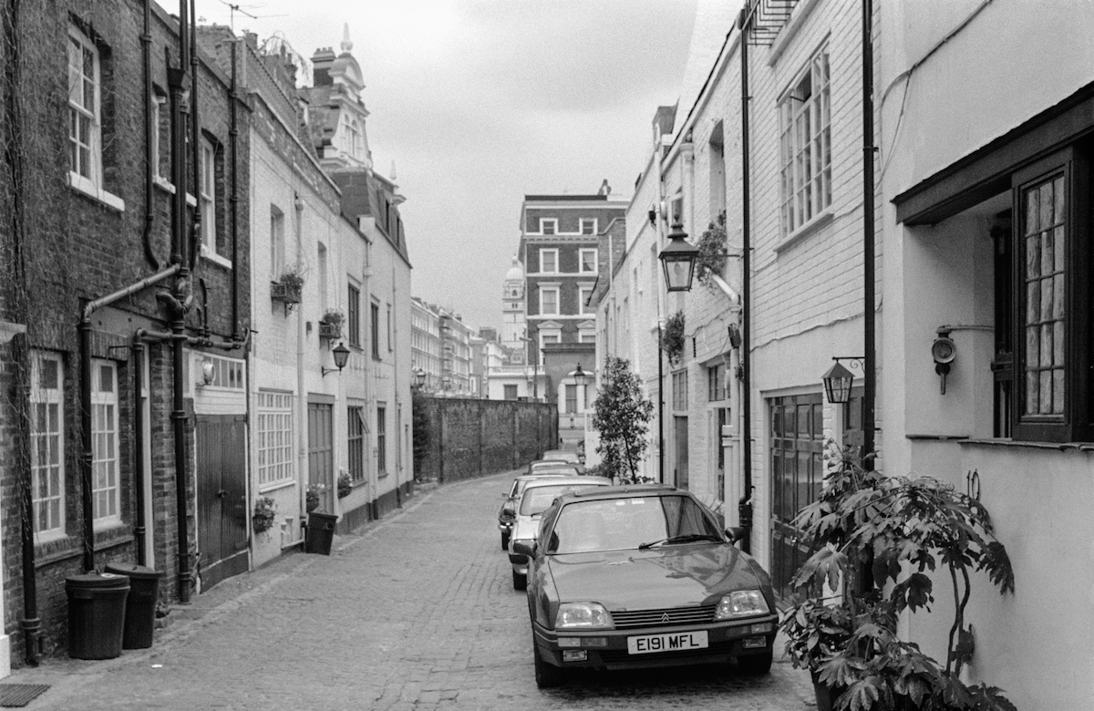 Kynance Mews, Kensington, Kensington & Chelsea, 1988 london