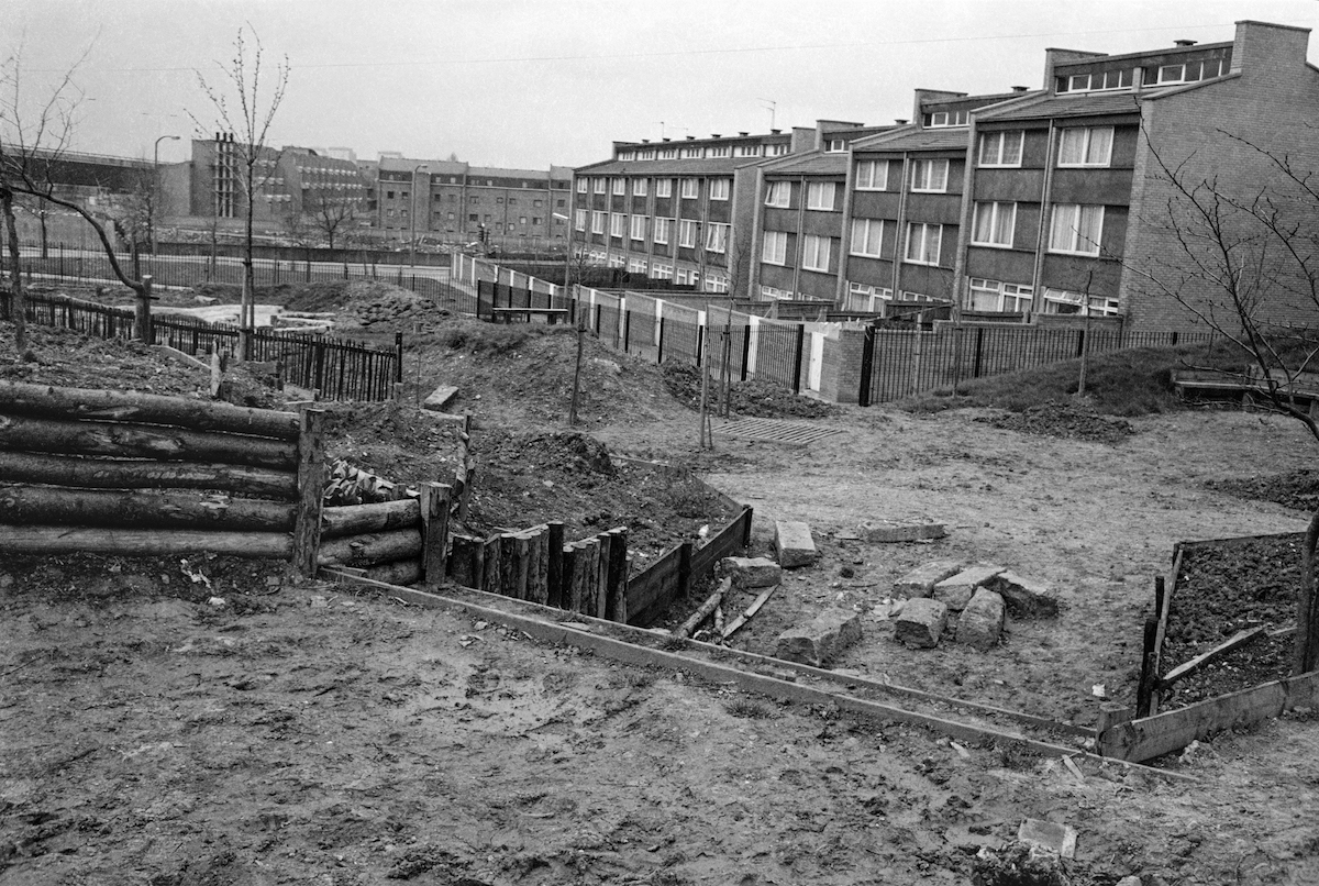 Meanwhile Gardens, North Kensington, 1981