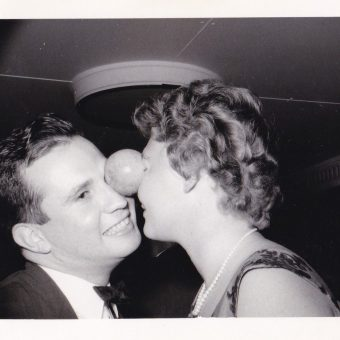 Let's Party! – Vintage Snapshots Of Fun Times On New Year's Eve