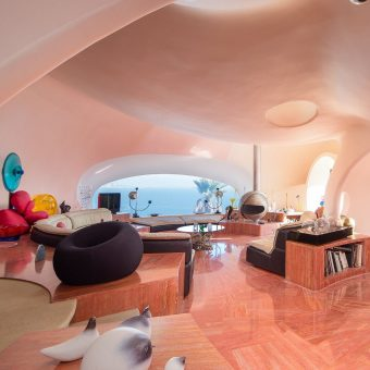 The Bubble Palace:  A Tour of Pierre Cardin's Futuristic Home, Palais Bulles