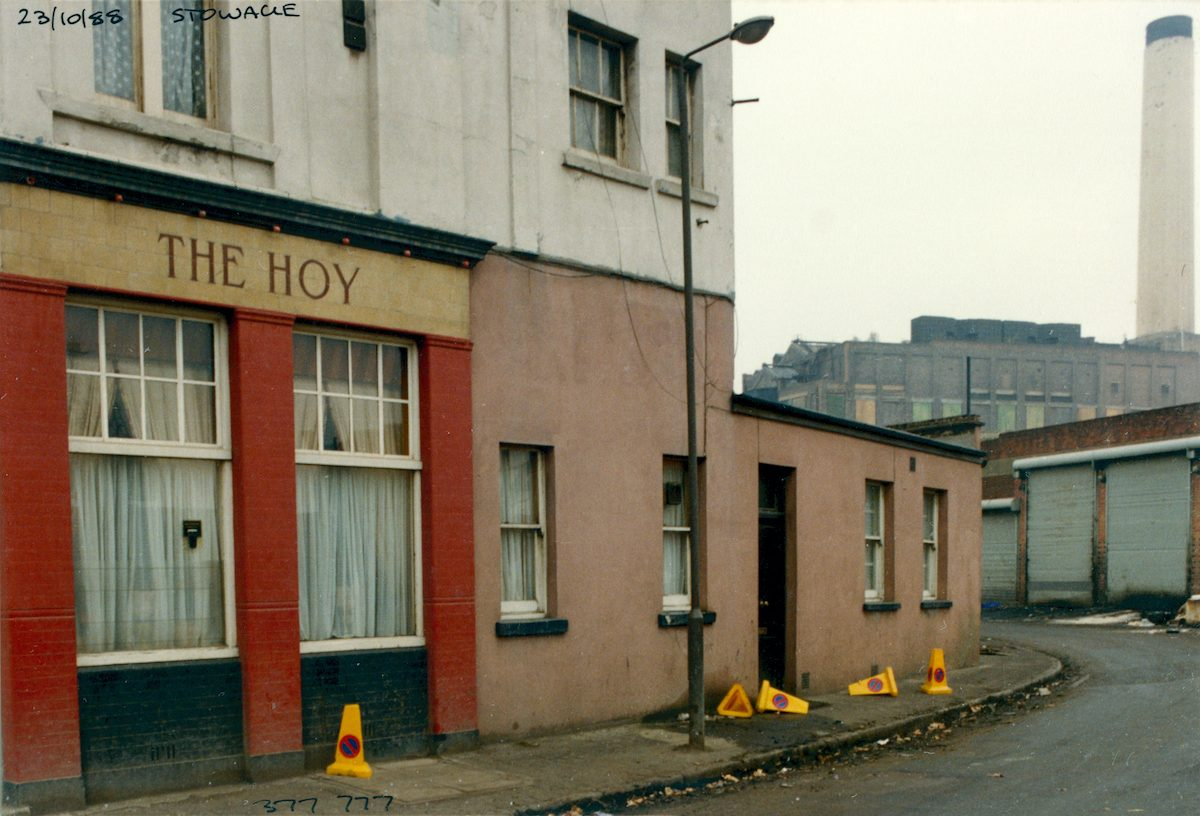 The Hoy, pub, Creek Rd, Stowage, Deptford, Greenwich, 1988